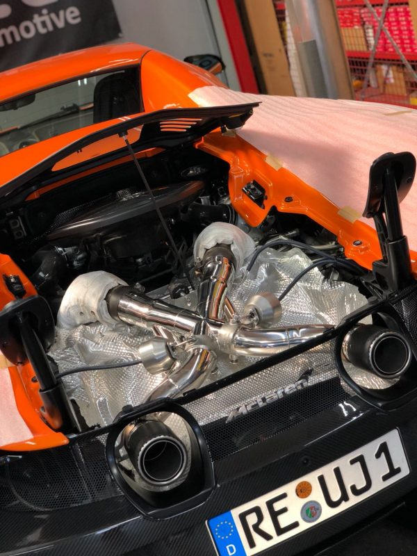 Capristo Valved Exhaust with Cat Delete Downpipes (with Heat Blankets) (CES3) with Remote 675LT